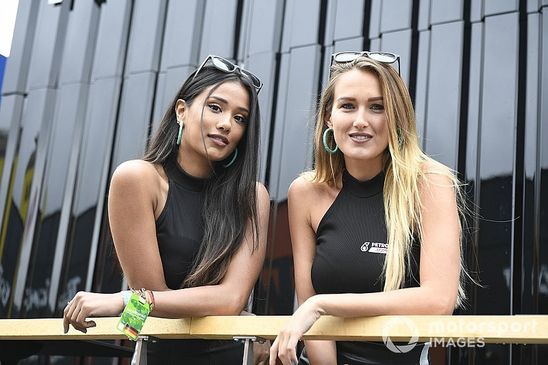 Fotogallery: ecco le grid girl del weekend di MotoGP e SBK
