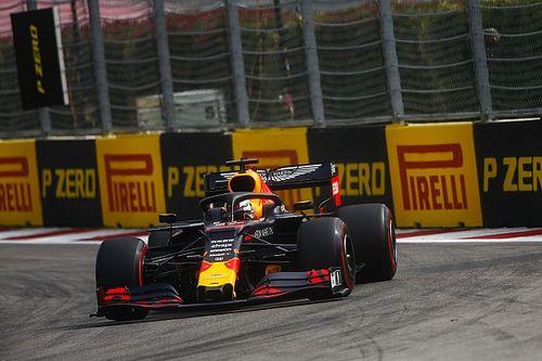 """Verstappen: """"Aracın hızı hoş bir sürpriz oldu"""""""