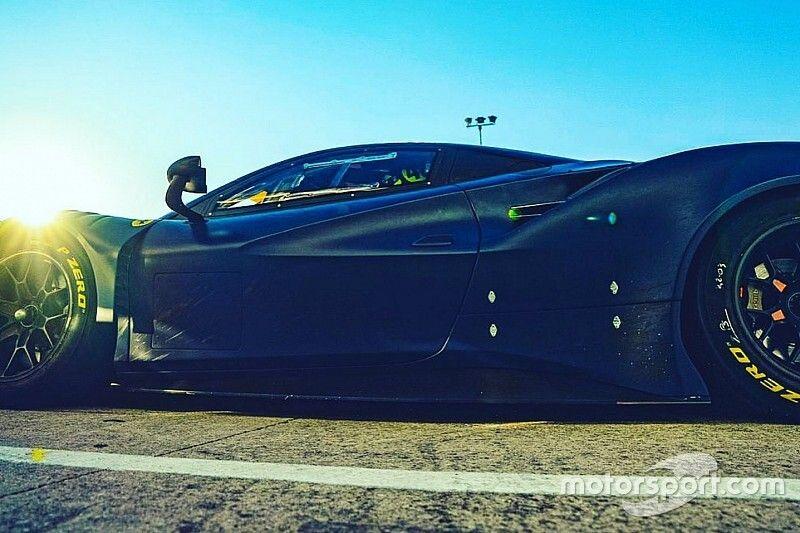 Rossi: test a Misano con la 488 in vista della 12 Ore del Golfo