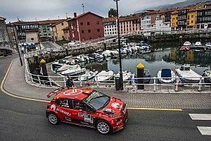 Pepe López domina a placer el Rally de Llanes