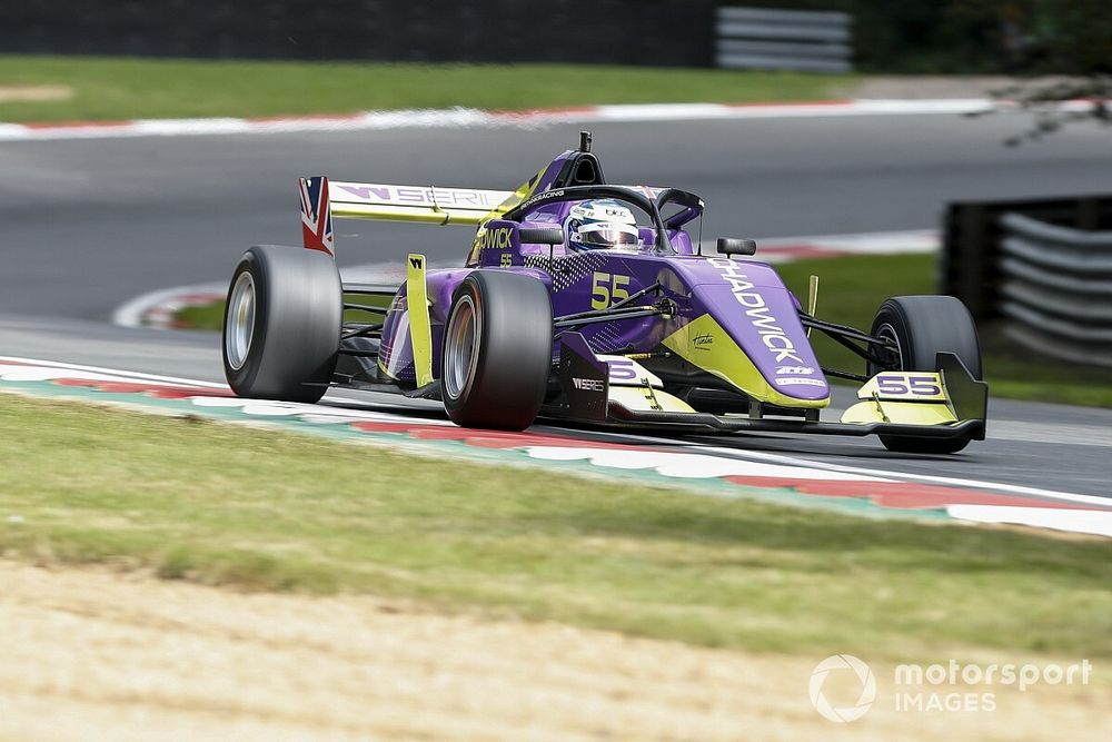 Brands Hatch W Series: Son yarış öncesinde pole pozisyonu Chadwick'in