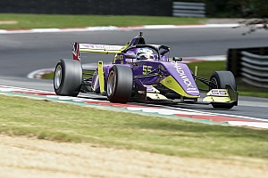 Brands Hatch W Series: Chadwick on pole for decider