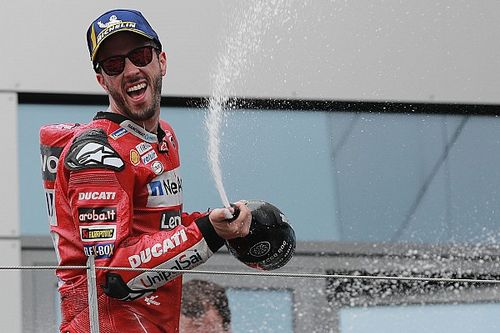 Dovizioso explica ultrapassagem incrível em Márquez: 'Hoje não queria ser 2º'