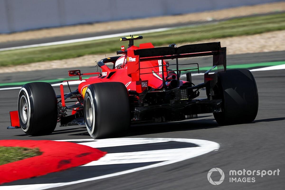 """Leclerc: """"Yarış tempomuz kötü olduğu için sıralama temposundan ödün vermeliyiz"""""""