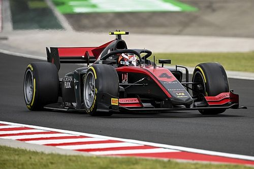 Hungaroring F2: Yağmurun etkilediği sıralama turlarında pole Ilott'un!