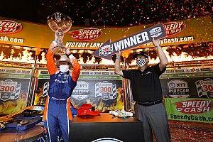 Dixon gana en Texas en la apertura de IndyCar