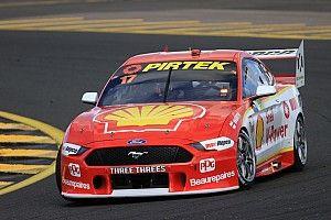 Sydney Supercars: McLaughlin holds on in Sydney thriller