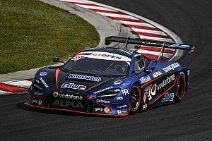 McLaren na czele