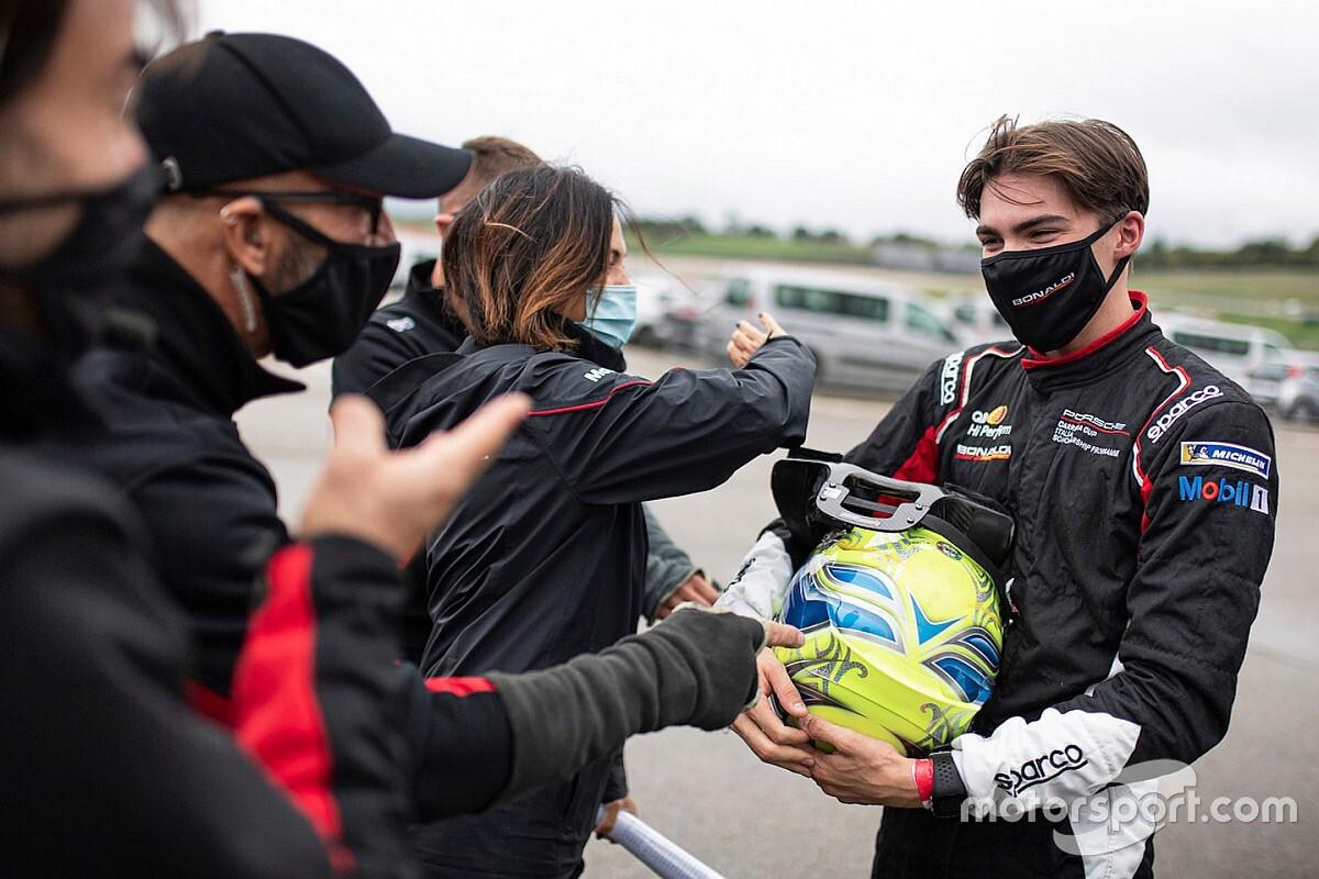 Carrera Cup Italia, al Mugello sboccia la stella di Moretti