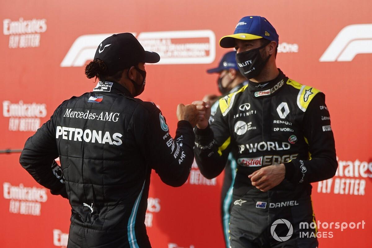 Hamilton e Ricciardo aparecem em atualização de game FIFA 21