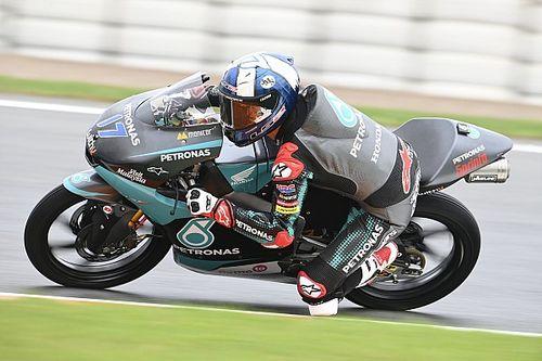 Moto3ヨーロッパ予選:マクフィー雨の走りまとめPP。日本勢最上位は小椋4番手