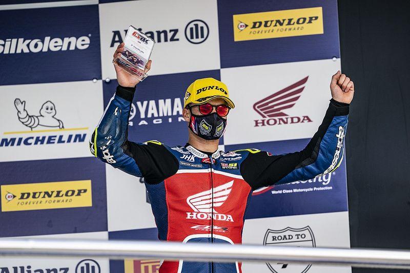 Granado vai ao pódio em estreia no Espanhol de Superbike em Jerez
