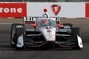 St. Pete IndyCar: Newgarden tops FP2, threatens lap record