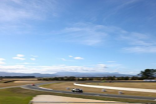 Tasmania Supercars: Waters completes practice sweep