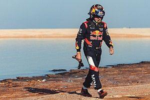 """Sainz amaro: """"In questa Dakar ci è successo di tutto!"""""""