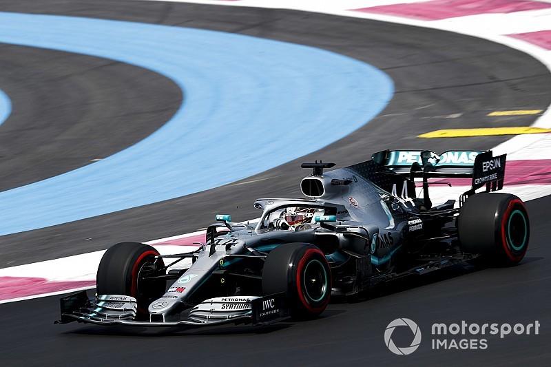 Хэмилтон показал лучшее время в первой тренировке Гран При Франции