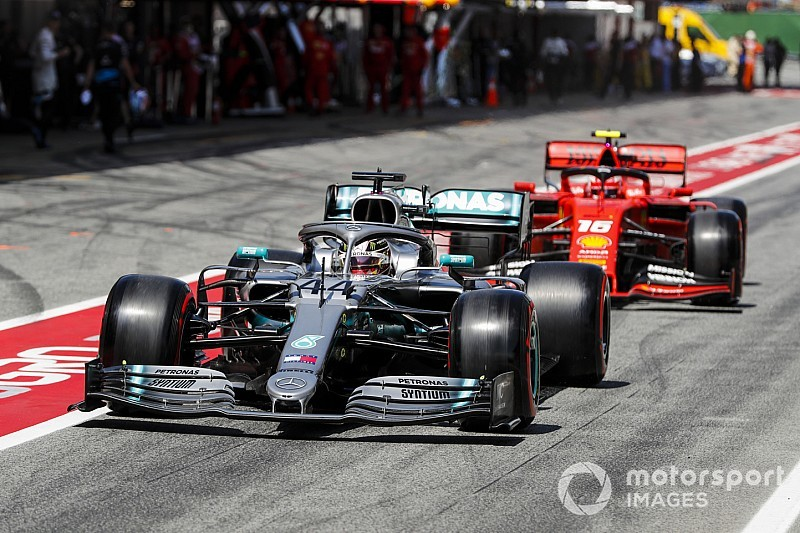 Mercedes, Hamilton discussed Ferrari appeal in contract talks