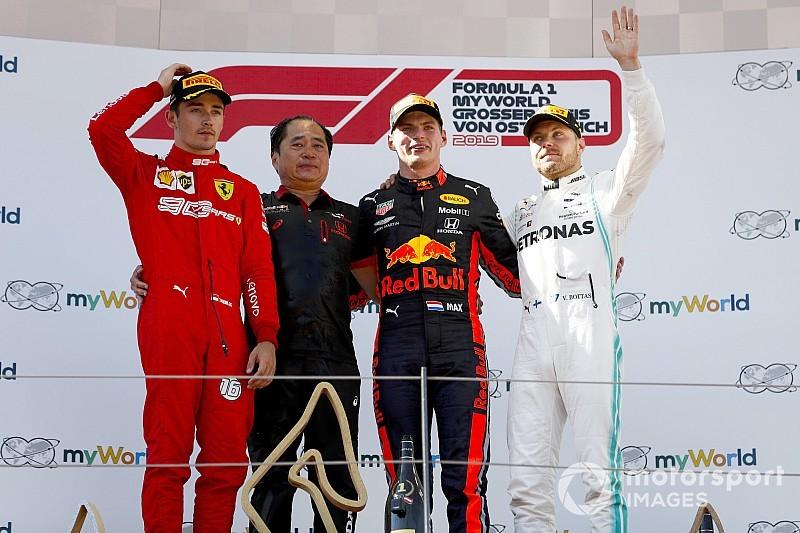 奥地利大奖赛:维斯塔潘强势击败莱克勒克获胜,但决胜超车遭到调查