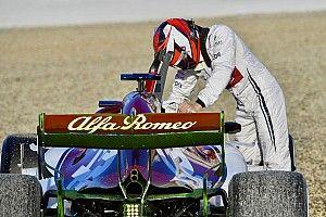 Képeken Räikkönen elszállása Barcelonából