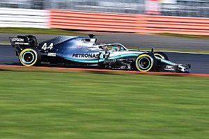 Kencan pertama Hamilton dengan Mercedes W10