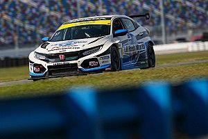 A Daytona è doppietta da brividi in TCR per le Civic della LA Honda World Racing