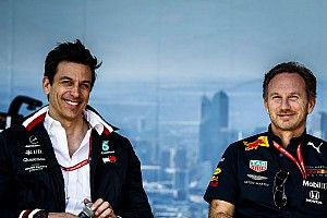 Horner, Racing Point davasında Mercedes'in rolünü sorguladı