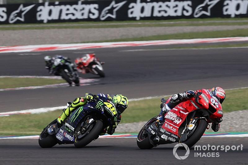 Rossi entrena en 'casa' de Dovizioso para preparar la carrera de Austin
