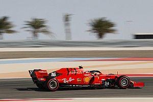 Два пилота Ferrari опередили всех в третьей тренировке подряд