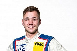 Florian Thoma rejoint l'Aston Martin Driver Academy