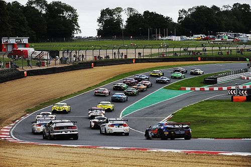 British GT reveals 26-car grid for Brands Hatch opener