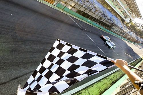 GT Sprint Race: Julio Campos supera Casagrande e vence a corrida 2 em Interlagos