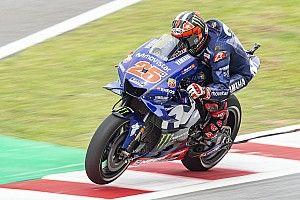 Виньялес показал лучшее время в третьей тренировке Гран При Малайзии