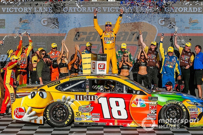 Kyle Busch beats Keselowski for Phoenix win in chaotic race