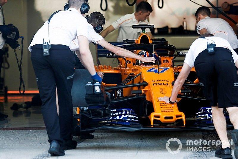 Vídeo: McLaren arranca el coche de 2019 por primera vez