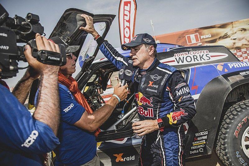 """Sainz tras su Dakar más complicado: """"Estoy contento de haberlo intentado"""""""