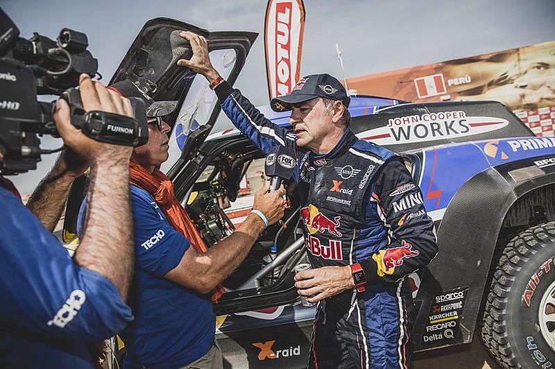 """Dakar, Sainz: """"Abbiamo preparato meglio la gara, voglio vincere"""""""
