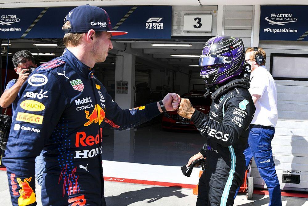 Hamilton: Nem igazán szeretem, ha Senna és Prost rivalizálását hozzák fel