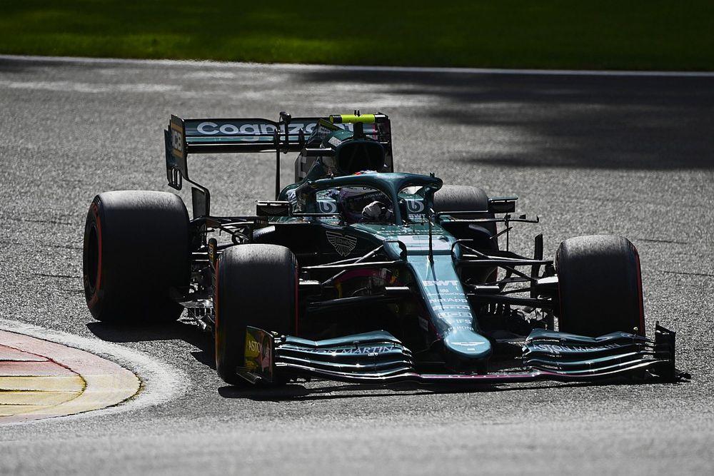 """Vettel: """"Doğru zamanda doğru kararı vermek önemli olacak"""""""
