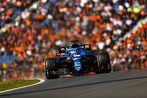 """Alonso ontsnapte aan crash tijdens Dutch GP: """"Geen magie, maar puur geluk"""""""