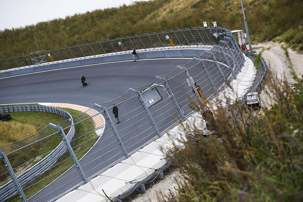 Pirelli, lastiklerinin Zandvoort pistindeki oval virajlarla başa çıkabileceğini düşünüyor