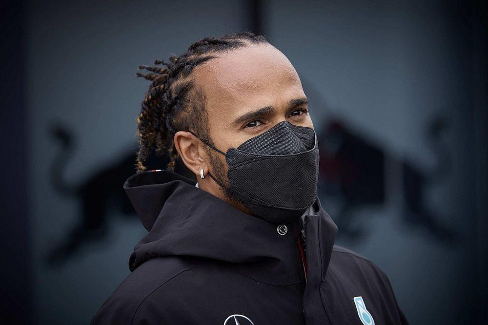 """Hamilton: """"Russell gelirse, Mercedes'te takım dinamiğinin bozulmasıyla ilgili endişem yok"""""""