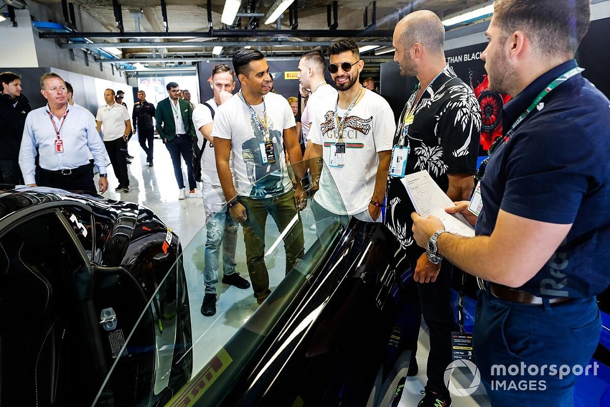 Így versenyzett Albon és Aguero a Red Bull színeiben az F1-es Virtuális Nagydíjon (videó)