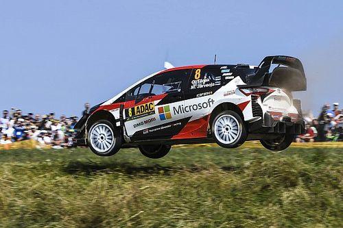 Alakul a hármas csata a WRC-ben: Tanak boldog, jó irányba haladnak