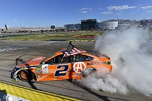 NASCAR: Keselowski gewinnt wilden Playoff-Auftakt in Las Vegas
