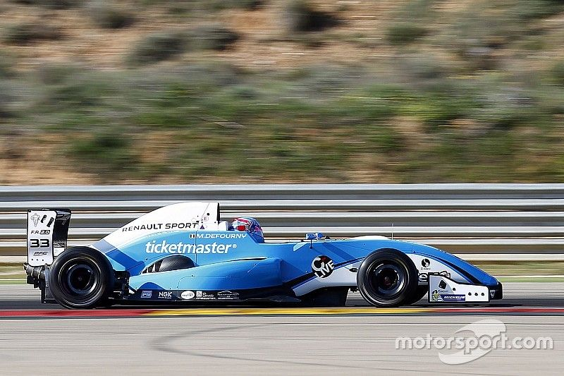 Aragon Eurocup: Defourny controls first race of season