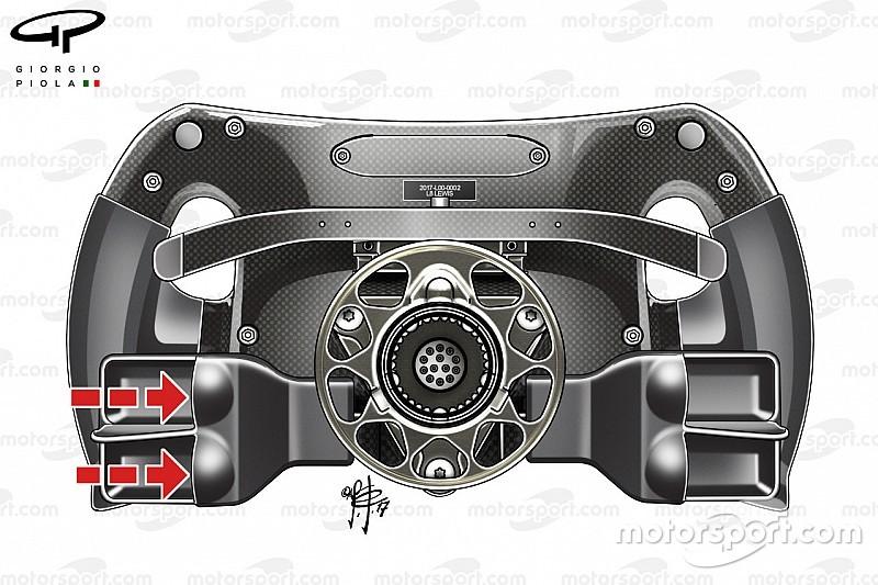 【F1】メルセデス、クラッチパドルに一工夫。スタート改善抜かりなし