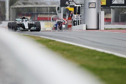 Bottas 2 tizedre van Hamiltontól egy körön, mondja Lauda