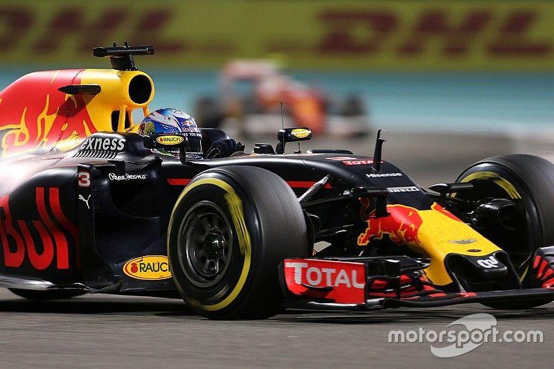 Ricciardo regrets not copying Verstappen's one-stop strategy