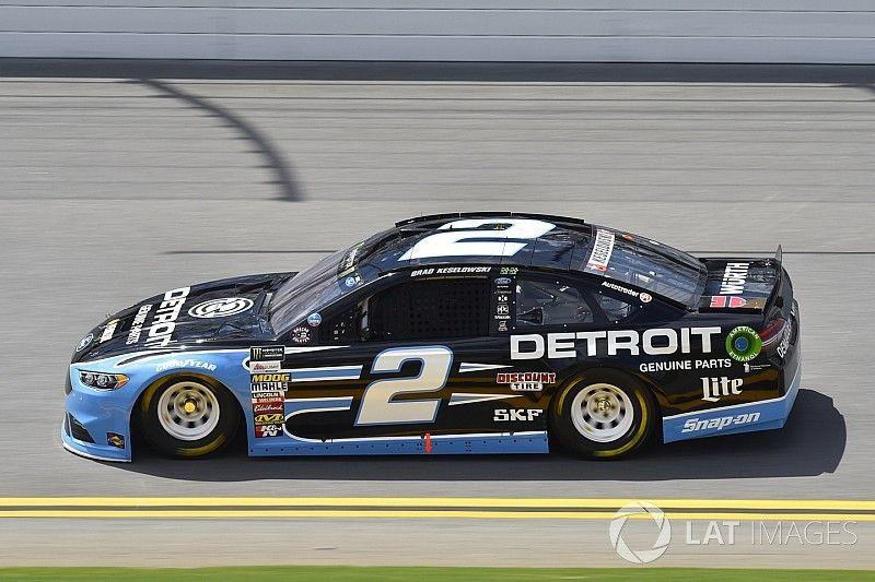 Keselowski wins Stage 1 at Daytona over Dale Earnhardt Jr.