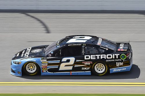 Keselowski wins Stage 1 at Daytona over Dale Earnhardt Jr.